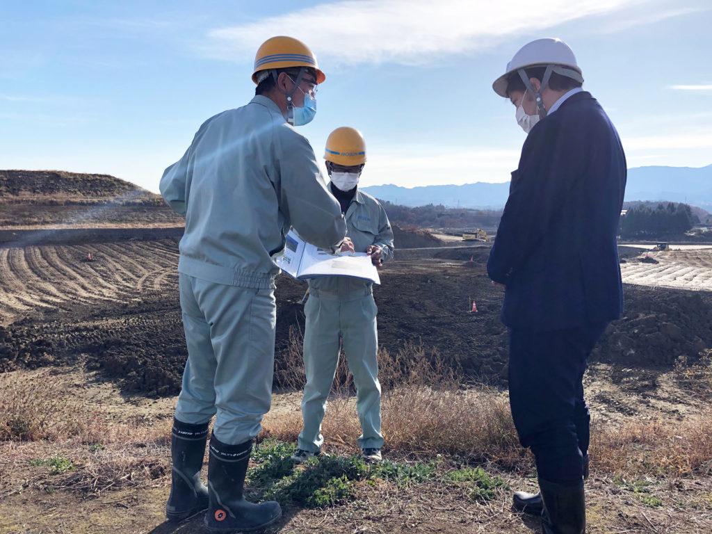 ベントナイト鉱山:滝沢取締役採鉱部長からのレクチャー及び視察